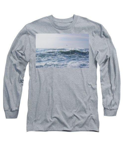 Reynisfjara Seagull Over Crashing Waves Long Sleeve T-Shirt