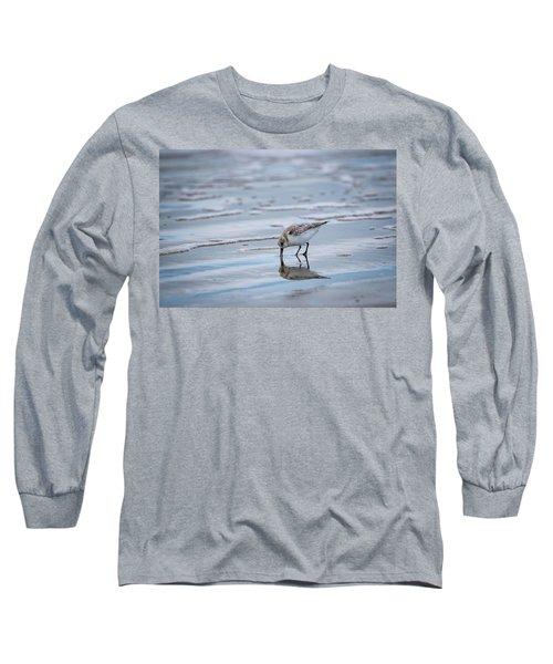 Sanderling Foraging Long Sleeve T-Shirt