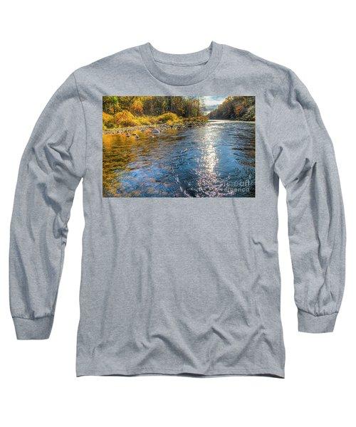 Spring Hole Long Sleeve T-Shirt