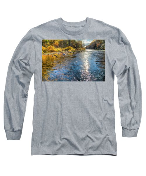 Spring Hole Long Sleeve T-Shirt
