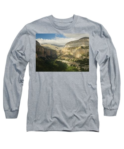 The Ordesa Valley Long Sleeve T-Shirt