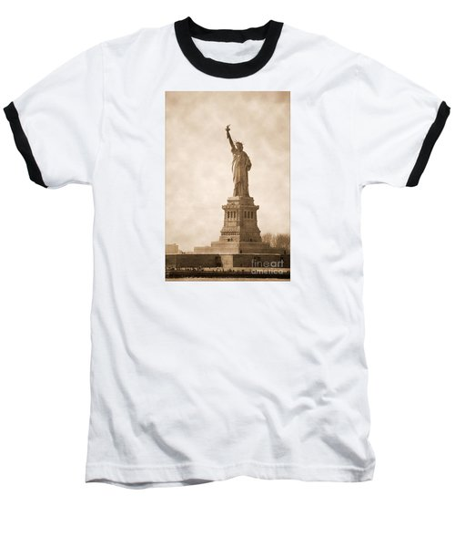 Vintage Statue Of Liberty Baseball T-Shirt
