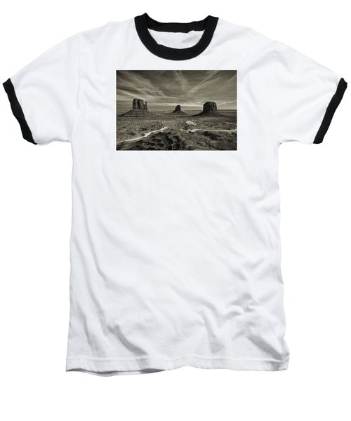Monument Valley 9 Baseball T-Shirt