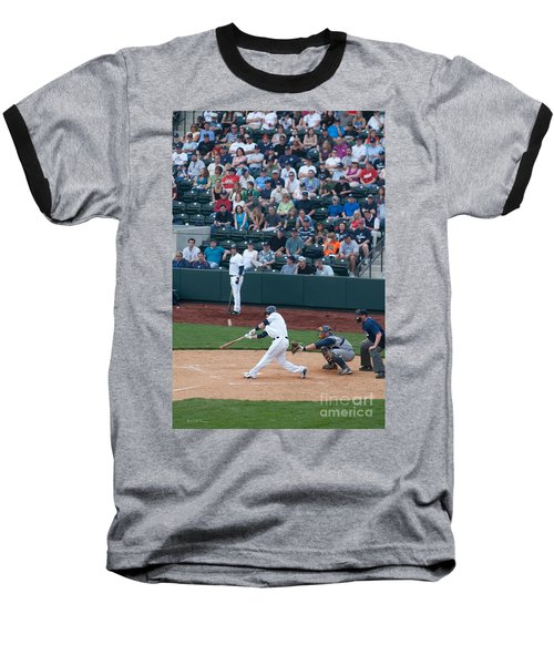 D24w-472 Huntington Park Photo Baseball T-Shirt
