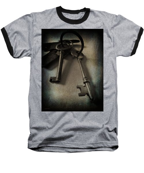 Vintage Keys Vignette Baseball T-Shirt