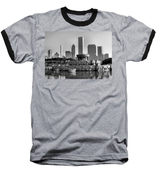 Buckingham Fountain - 2 Baseball T-Shirt