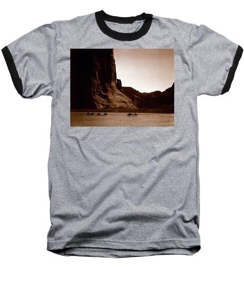 Canyon De Chelly 2c Navajo Baseball T-Shirt