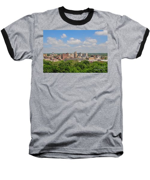 D39u118 Youngstown, Ohio Skyline Photo Baseball T-Shirt