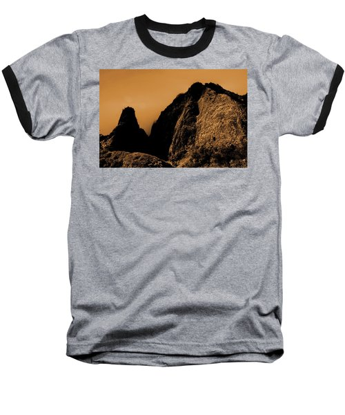 Iao Needle Silhouette Baseball T-Shirt