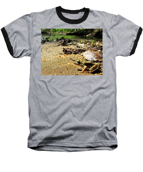 Leopard Frog Landing Baseball T-Shirt