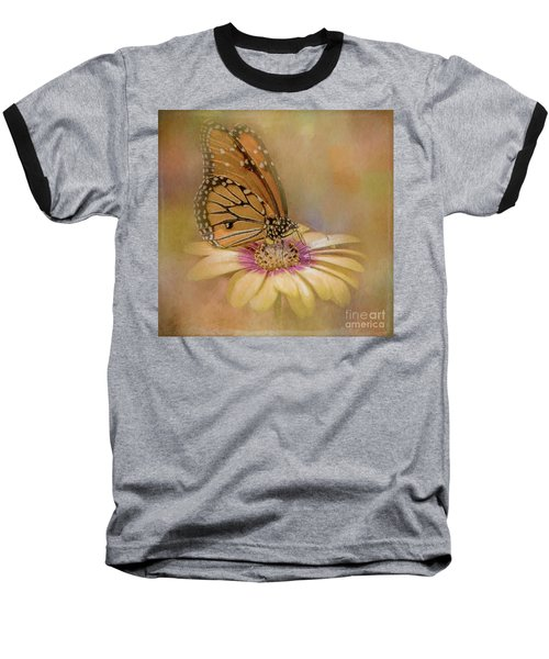 Monarch On A Daisy Mum Baseball T-Shirt