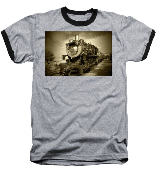 Old 475 - Bw Baseball T-Shirt by Lou Ford