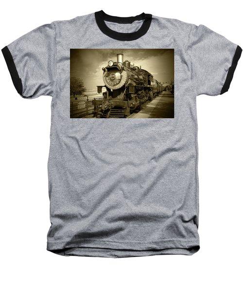 Old 475 - Bw Baseball T-Shirt