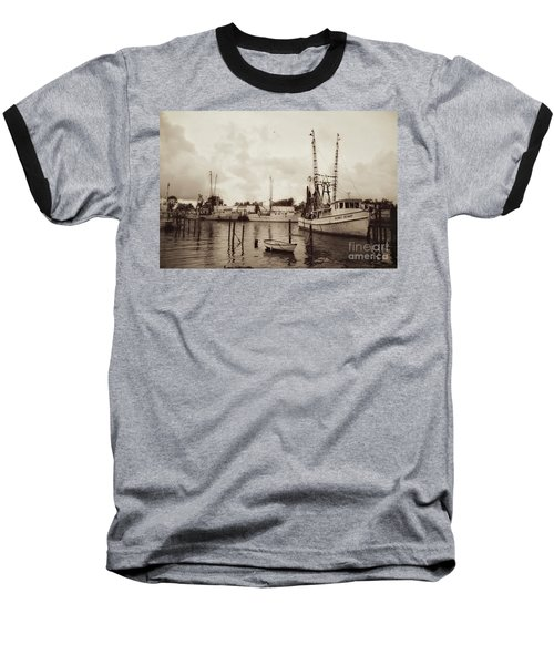 Baseball T-Shirt featuring the photograph Oriental Harbor by Benanne Stiens