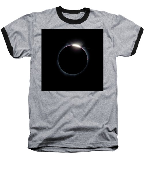 Post Diamond Ring Effect Baseball T-Shirt