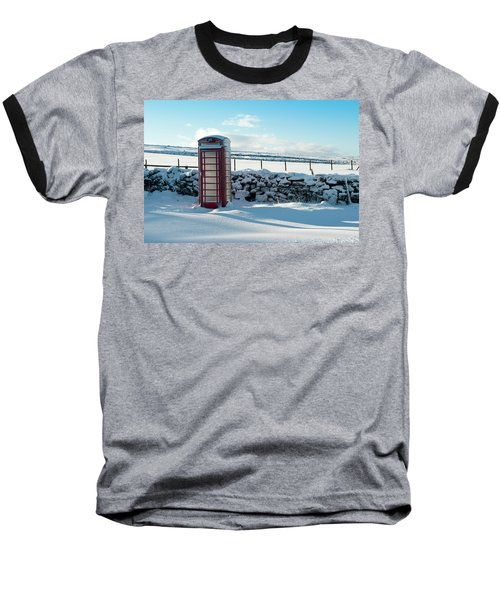 Red Telephone Box In The Snow V Baseball T-Shirt