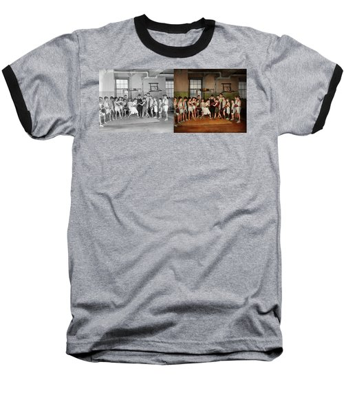Baseball T-Shirt featuring the photograph Sport - Boxing - Fists Of Fury 1924 - Side By Side by Mike Savad