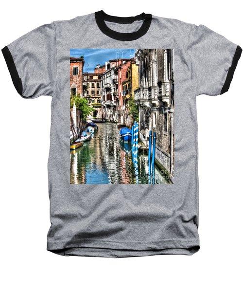 Viale Di Venezia Baseball T-Shirt