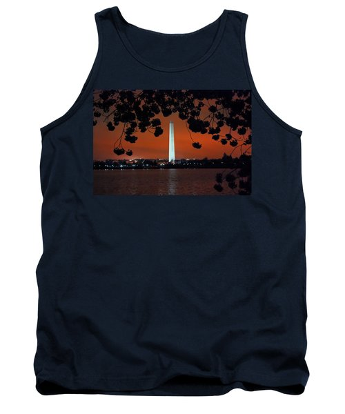 Tank Top featuring the photograph Washington Monument by Suzanne Stout
