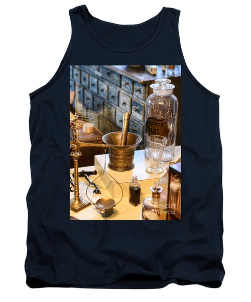 Pharmacist - Brass Mortar And Pestle Tank Top