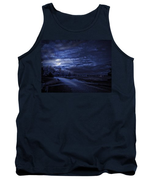 Moonrise Over Pymatuning Lake Tank Top