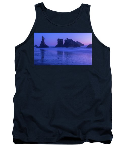 Seastack Sunset In Bandon Tank Top