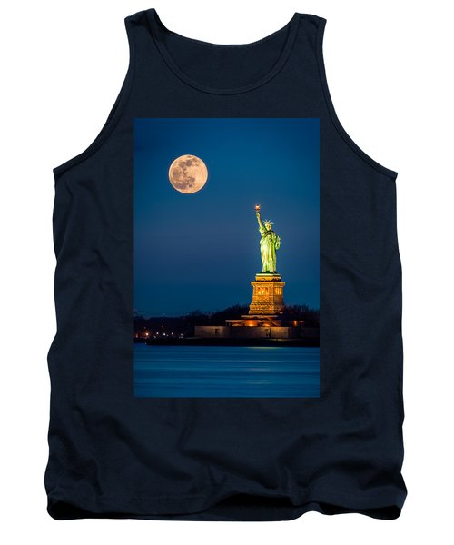 Statue Of Liberty And A Rising Supermoon In New York City Tank Top