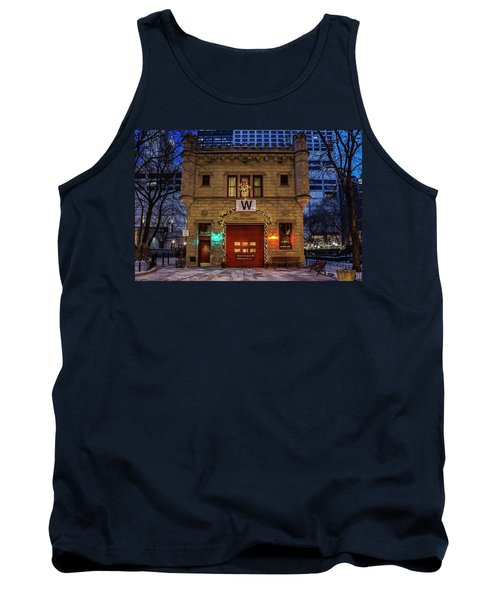 Vintage Chicago Firehouse With Xmas Lights And W Flag Tank Top