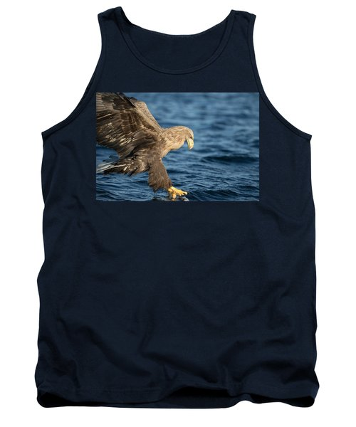 White-tailed Eagle Hunting Tank Top