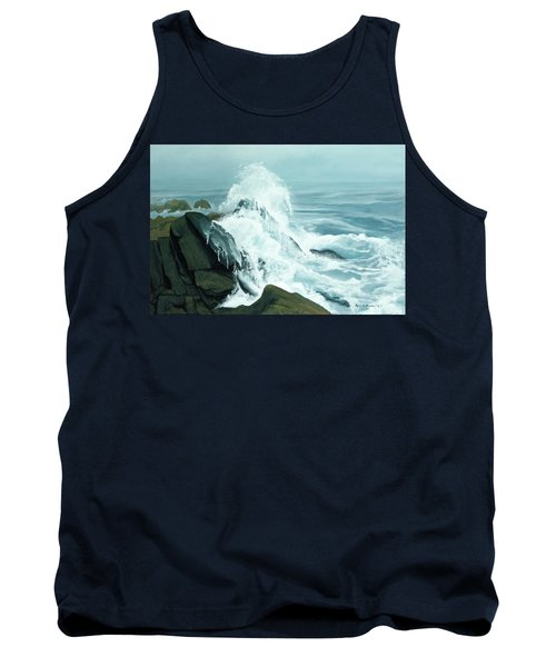 Surging Waves Break On Rocks Tank Top