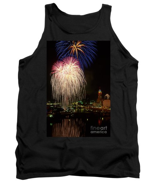 21l106 Red White And Boom Fireworks Photo Tank Top