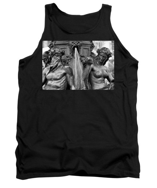 Brewer Fountain Boston Ma Black And White Tank Top