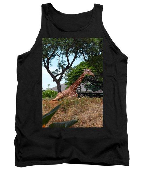 A Giraffe Rests In Honolulu Tank Top