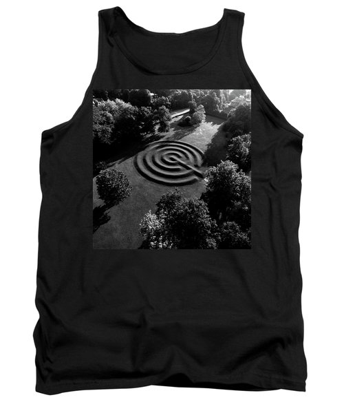 A Maze At The Chateau-sur-mer Tank Top