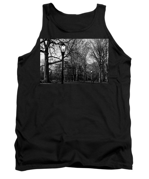 Central Park Streetlamps In Black And White 2 Tank Top