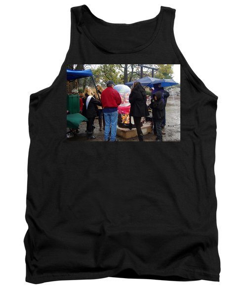 Christmas People Cold And Muddy Tank Top