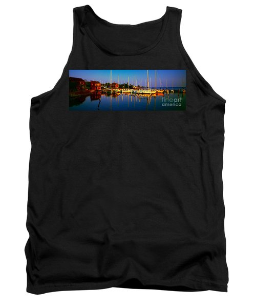 Daytona Beach Florida Inland Waterway Private Boat Yard With Bird   Tank Top