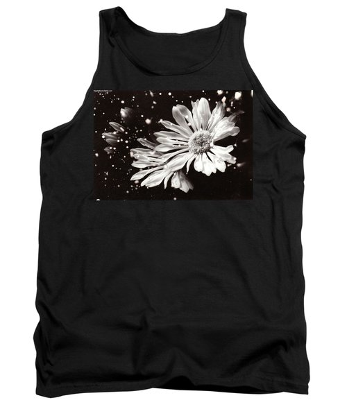 Fractured Daisy Tank Top