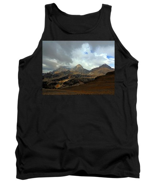 Hurricane Pass Tank Top