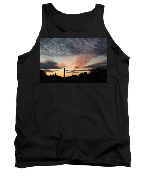 Mother Nature Painted The Sky Over Washington D C Spectacular Tank Top