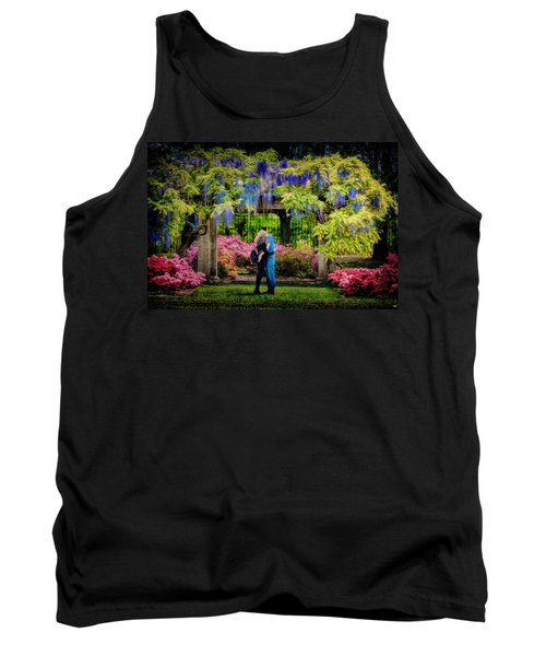 Tank Top featuring the photograph New York Lovers In Springtime by Chris Lord