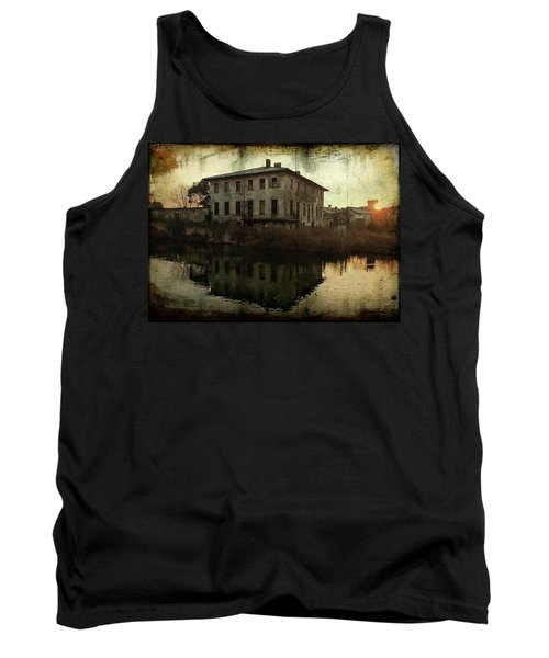Old House On Canal Tank Top