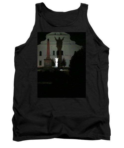 Saint Louis Cathedral Courtyard - New Orleans La Tank Top