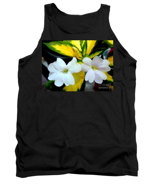 Sun Patiens Spreading White Variagated Tank Top