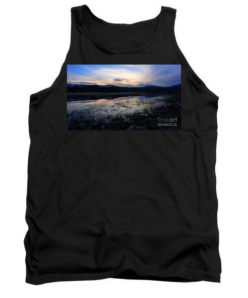 Sunset At A Lake Near Mammoth In Yellowstone Tank Top