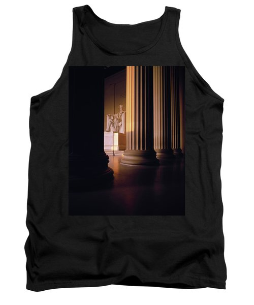 The Lincoln Memorial In The Morning Tank Top