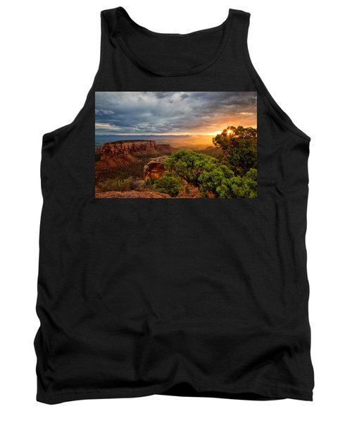 Warm Glow On The Monument Tank Top