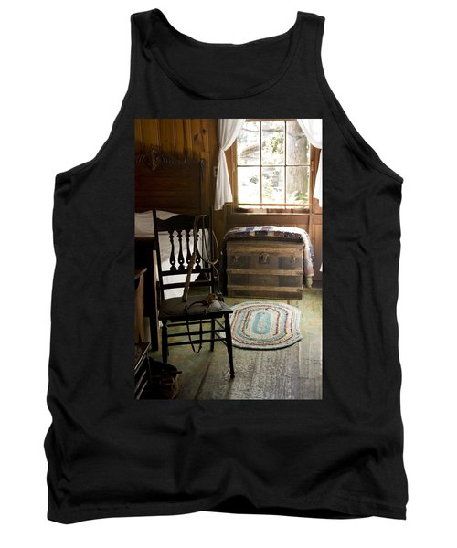 Tank Top featuring the photograph A Simpler Life by Lynn Palmer