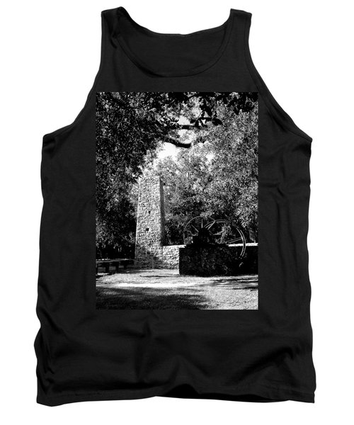 Yulee Sugarmill 2  Black And White Tank Top