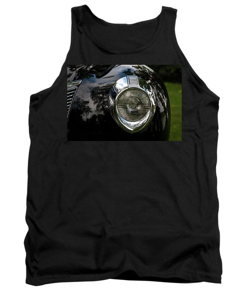 Tank Top featuring the photograph  One Eye 13128 by Guy Whiteley
